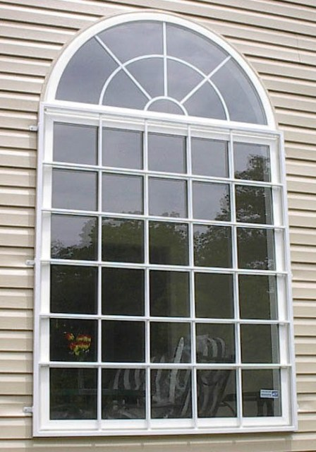 Iron window guards custom made in maryland and washington dc for Colonial window designs